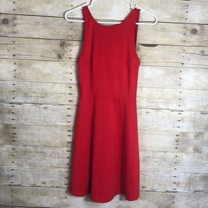 NWT H&M red skater dress v back size 4